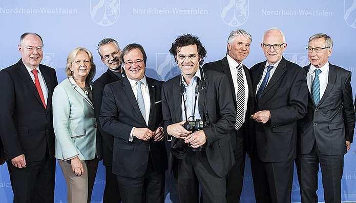 5 NRW-MPs und ein Knipser